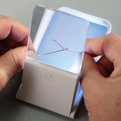 LEDライト付きスタンド式ルーペ(3倍)